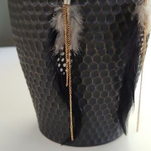 Feather with chain hook earrings NWT